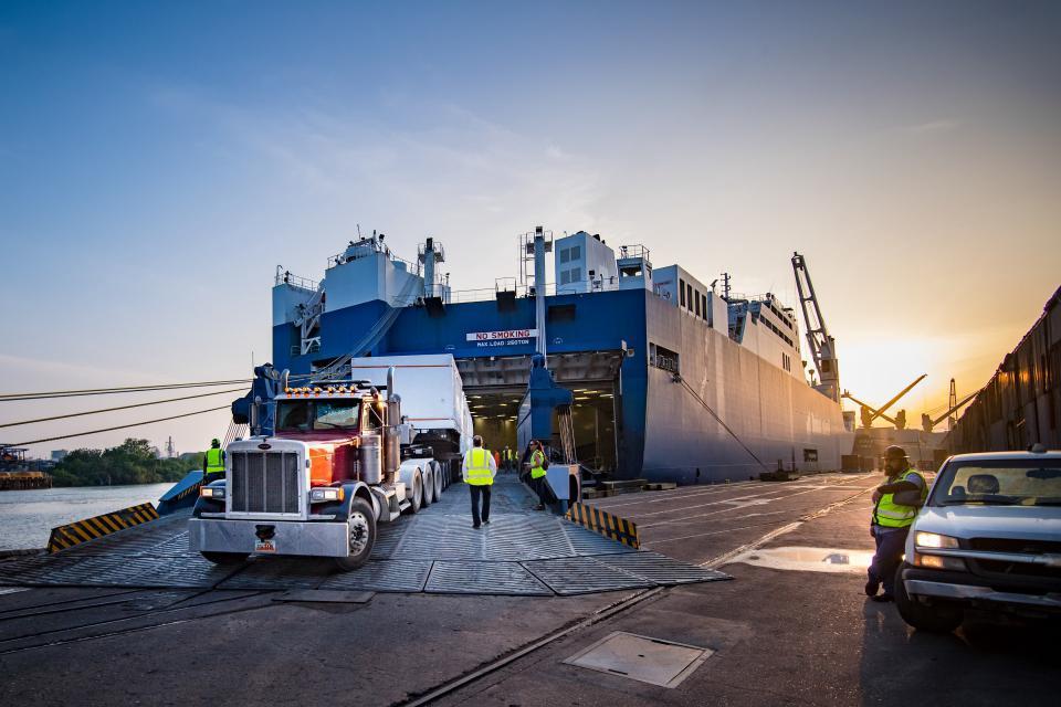SEA SHIPMENTS FROM HOUSTON & TURKEY TO UNITED ARAB EMIRATES